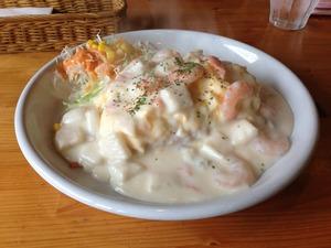 静岡市 なみへい食堂 シーフードクリームのオムライス