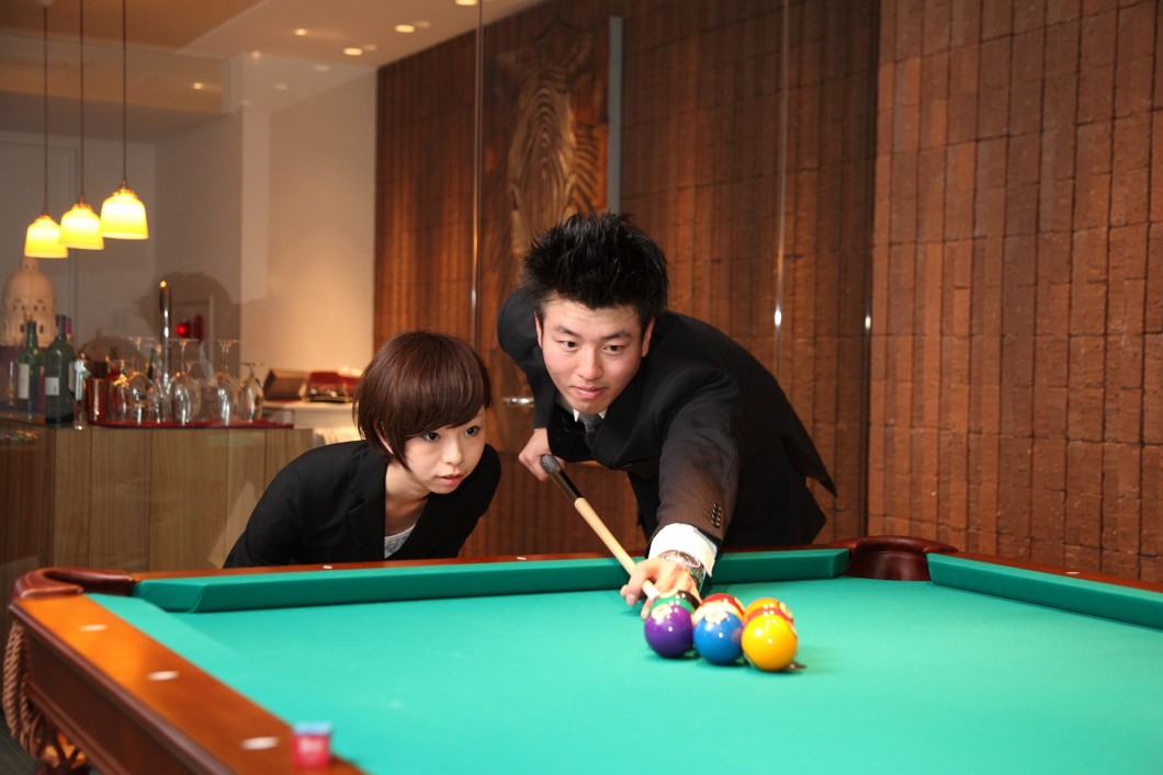 couple_billiards